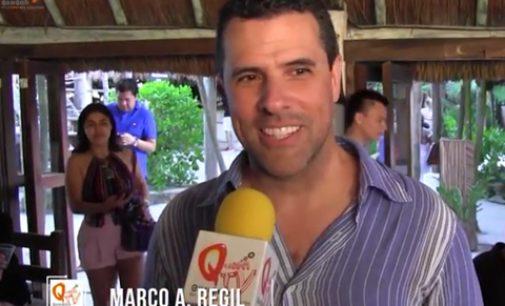 Marco Antonio Regil en el Vegan Fest Tulum